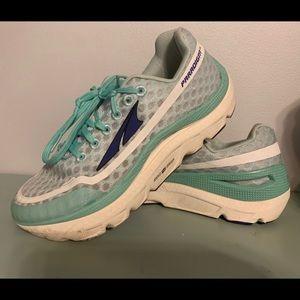Altra paradigam tennis shoes
